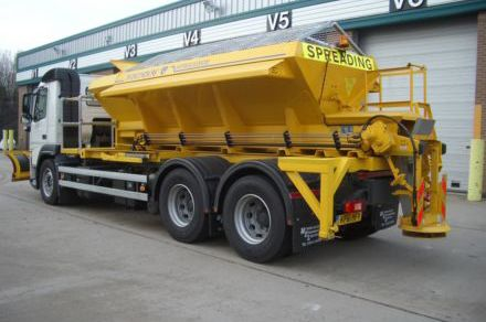 Volvo chassis with demountable gritter.